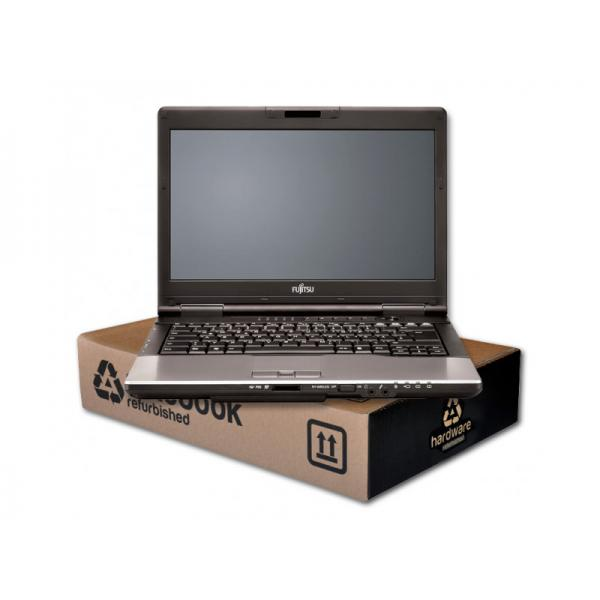 Fujitsu Lifebook S752 Intel Core i5 3320M 2.6 GHz. · 8 Gb. SO-DDR3 RAM · 500 Gb. SATA · DVD-RW · Teclado internacional con pegat