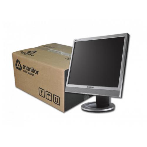 Samsung 713BM PLUS LCD 17 '' HD con Altavoces · 4:3 · Resolución 1280x1024 · Pequeñas manchas en pantalla. Ver en ''+ Fotos''. -